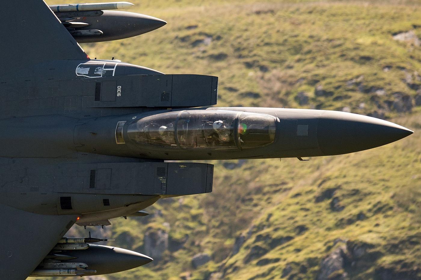 """L'aeronautica Usa continua a comprare le """"aquile"""" F-15X"""