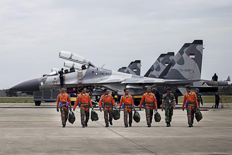 Firmato il contratto indonesiano per 11 Sukhoi Su-35