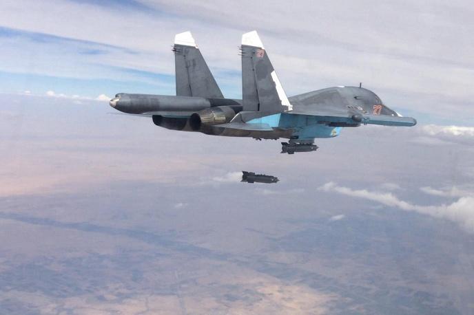 Siria: i cacciabombardieri russi Su-34 tornano a casa