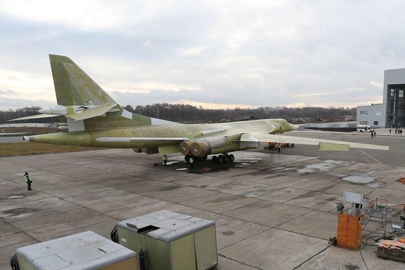 Primo volo in febbraio per il Tupolev Tu-160M2
