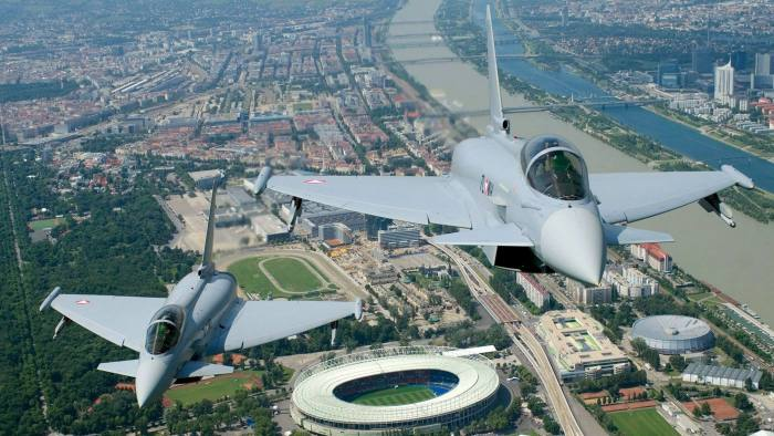 L'Austria vuole radiare i Typhoon e cerca un nuovo caccia