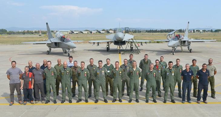Prosegue la cooperazione tra T-346 E F-2000 - Obiettivo specifico della settimana è stata la cooperazione in volo durante missioni del corso ITT